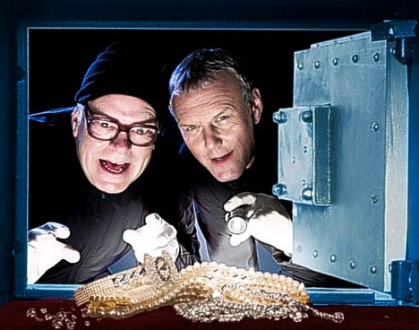 Anthony Stewart Head  et warren clarke