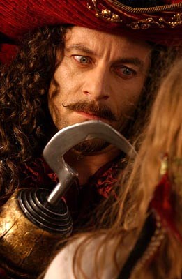 Jason Isaacs dans Peter Pan