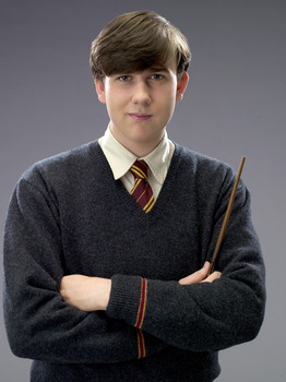Matthew Lewis dans la saga Harry Potter