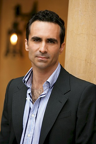 Nestor Carbonell - Photo Gallery