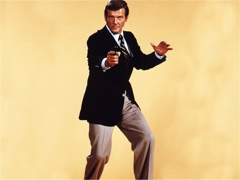 Roger Moore, agent 007
