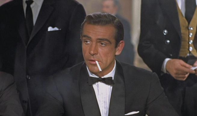 Son nom est Bond, James Bond (Sean Connery)