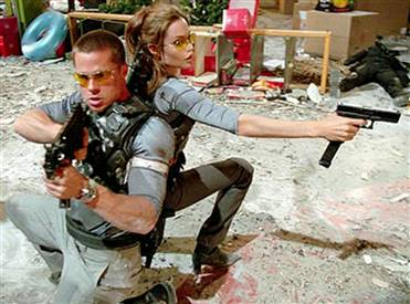 Brad Pitt et Angelina Jolie dans Mr and Mrs Smith