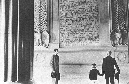 James Stewart au Lincoln Memorial dans Mr Smith au sénat, de James Capra