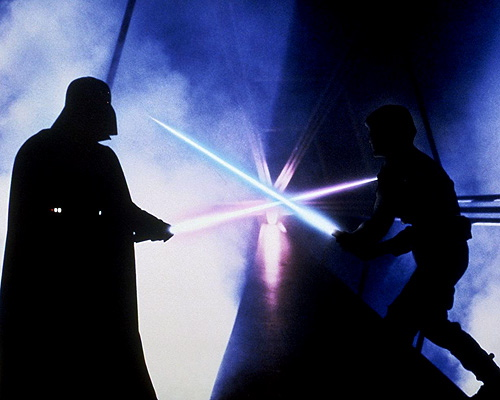 Luke (Mark Hamill) et Dark Vador (David Prowse)
