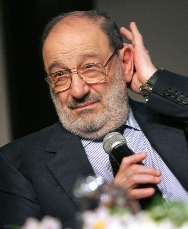 Umberto Eco au 14ème Book and Fair Festival, à Budapest, en 2007